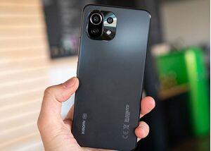 Đập hộp Xiaomi Mi 11 Lite, thiết kế gọn nhẹ, sở hữu chip Snapdragon 732G, màn hình AMOLED 90Hz, giá chỉ từ 7 triệu đồng