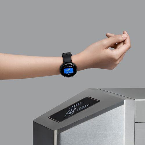 Đồng hồ thông minh Amazfit Nexo hoặc Verge 2