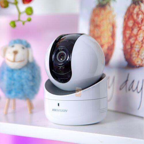 Camera IP giám sát Hikvision DS-2CV2Q21FD-IW